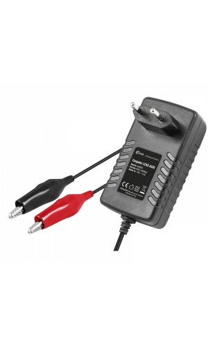Cargador Baterías de Plomo 6V-12/1500 mA